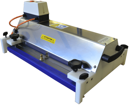 Nettoyage automatisé des bandes de tapis lisse   Steamatik L
