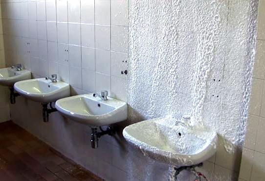 mousse-sanitaire-4